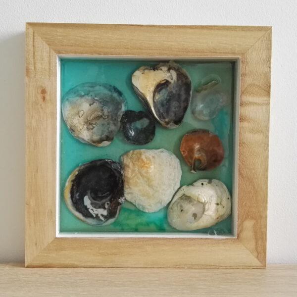 petit tableau coquillages dans la resine (9)